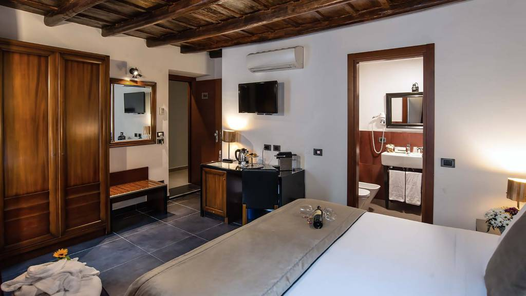 Navona-Colors-Boutique-Hotel-Roma-Camera-Superior-6