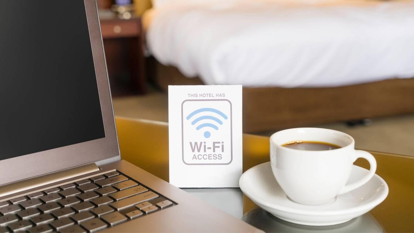 Navona-Colors-Boutique-Hotel-Roma-Sfondo-wifi
